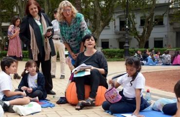 Las-escuelas-de-Rosario-conmemoraron-el-dia-de-la-Memoria-la-Verdad-y-la-Justicia_crop
